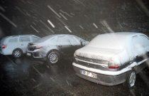 İstanbul'un yanı başı… Kar yağışı başladı