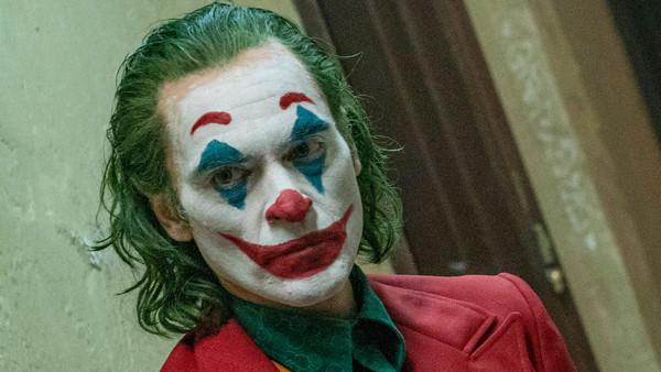 Joker, Gişede 'Batman v Superman'i Geride Bıraktı
