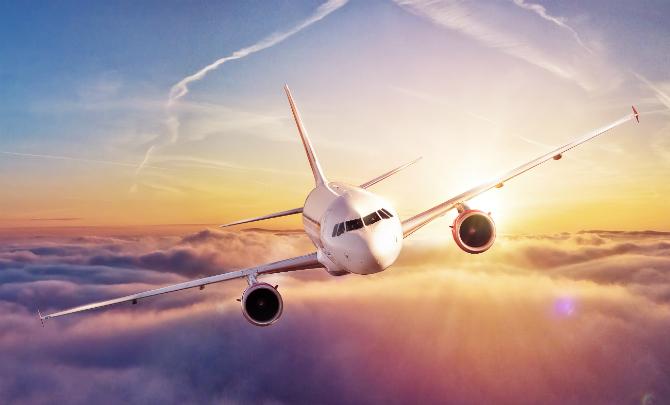 Avrupa, Mutasyon Sonrası İngiltere'ye Uçuşları Yasaklamaya Başladı